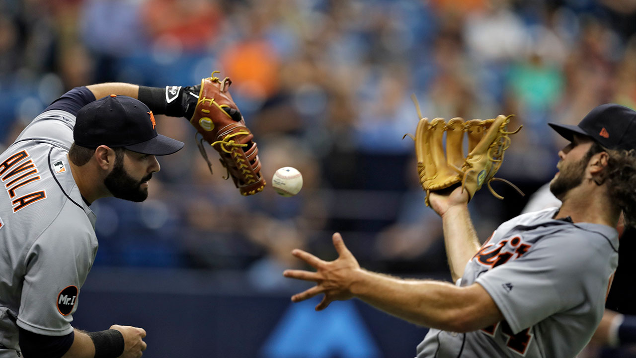 Tigers plagued by defensive miscues at Trop